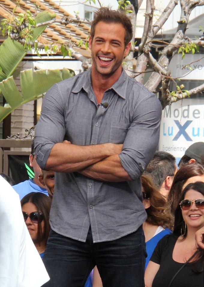Quién es el actor latino más guapo del mundo