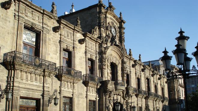 Éstos son los estados mexicanos más endeudados