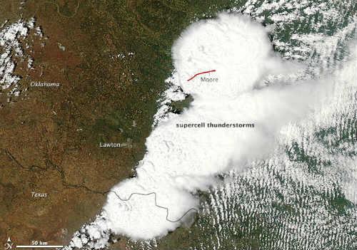 Imágenes sorprendentes del tornado de Oklahoma desde el espacio