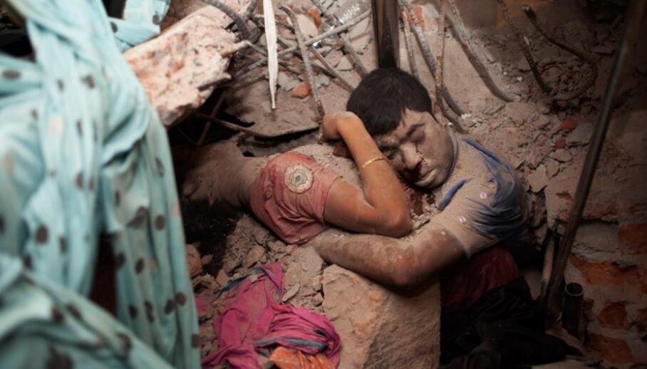 La imagen más conmovedora de la tragedia de Bangladesh