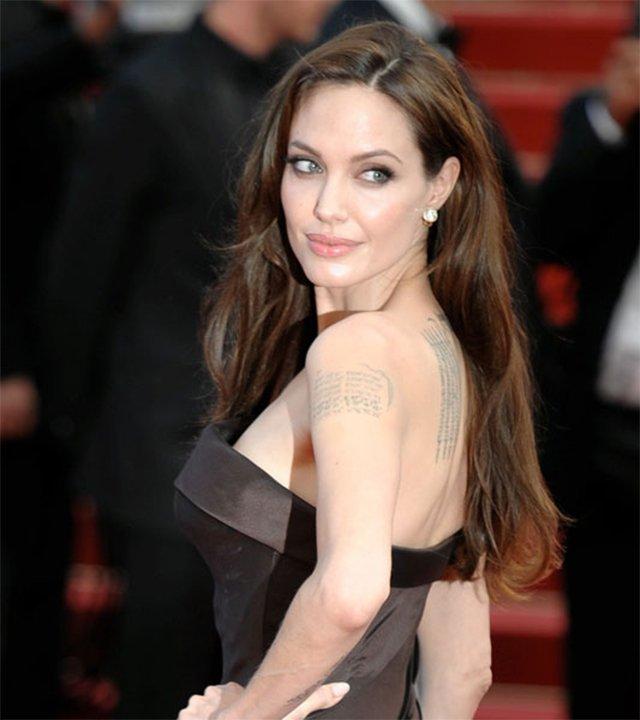 Angelina Jolie se extirpará los ovarios
