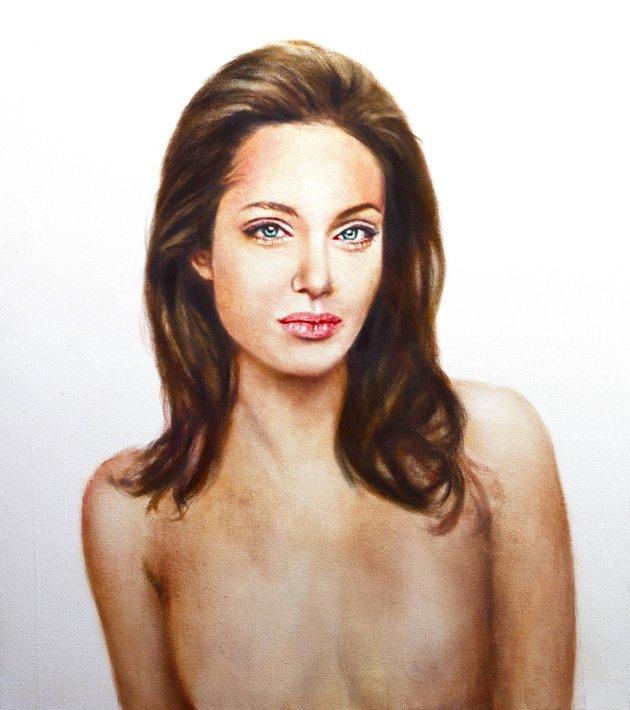 Retrato de Angelina Jolie tras la doble mastectomía