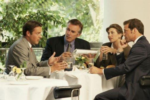 Reglas básicas para comidas de negocios
