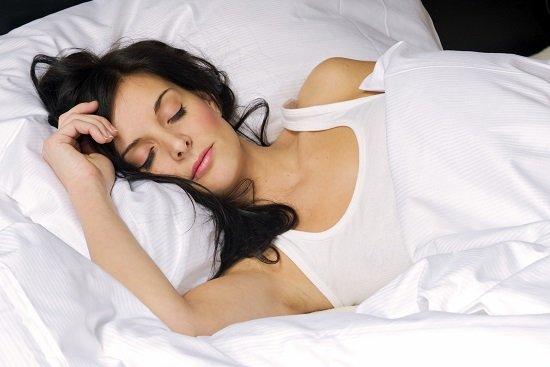 Cómo dormir para evitar dolores