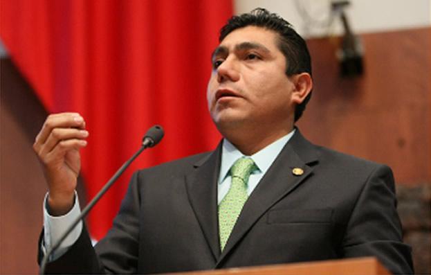 Perfil de Jorge Luis Preciado, nuevo líder del PAN en el Senado