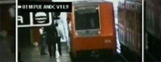 Video: Mujer cae a las vía del metro y muere; su bebé se salva