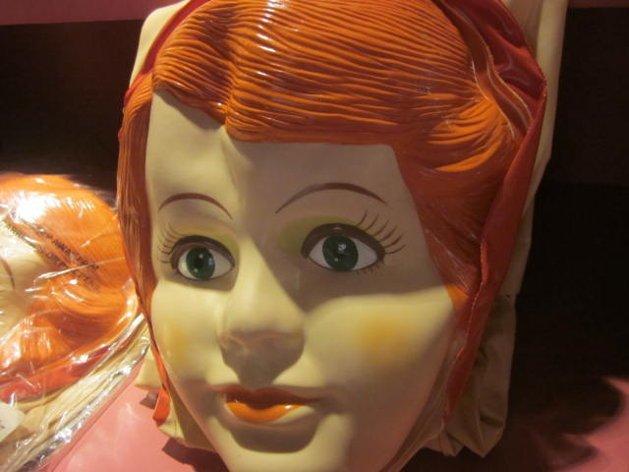 Va preso por tener relaciones con muñeca en cine