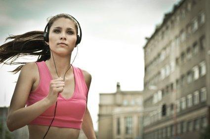 Los beneficios de hacer ejercicio con música