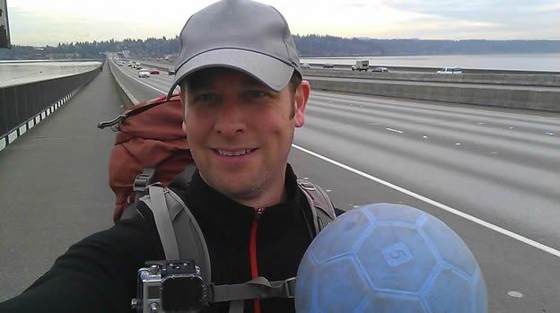 Hombre murió mientras caminaba de EU a Brasil 2014
