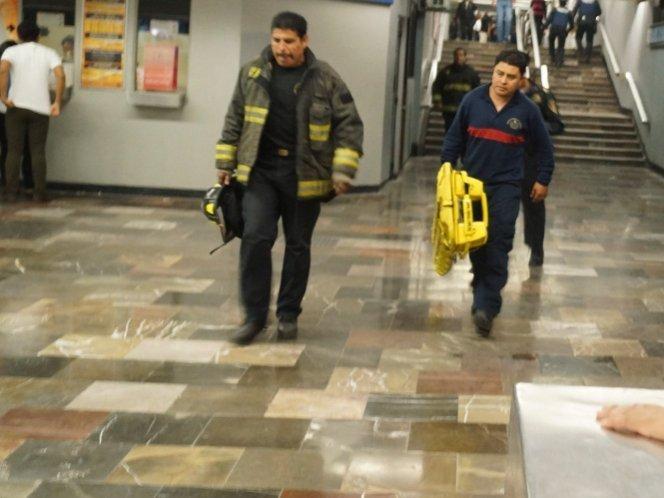 Una persona se suicida en la estación del Metro La Raza