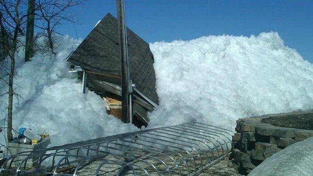 Un 'tsunami' de hielo devasta Canadá - Fotos y Video