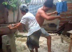 Video: Abuelita hace el baile del 'perreo'