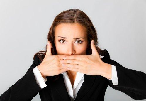 Enfermedad del beso: Causas, síntomas y tratamiento