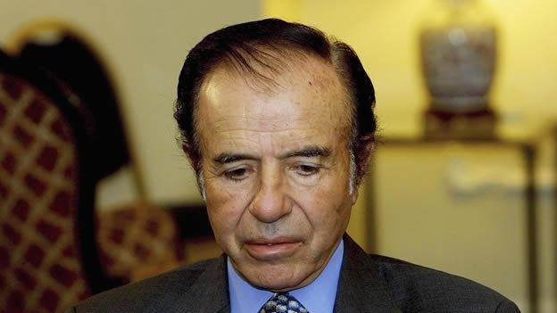Condenan a siete años de cárcel al expresidente argentino Carlos Menem