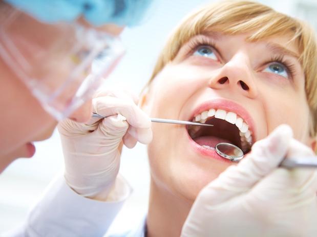 Qué relación hay entre mala higiene bucal y los infartos