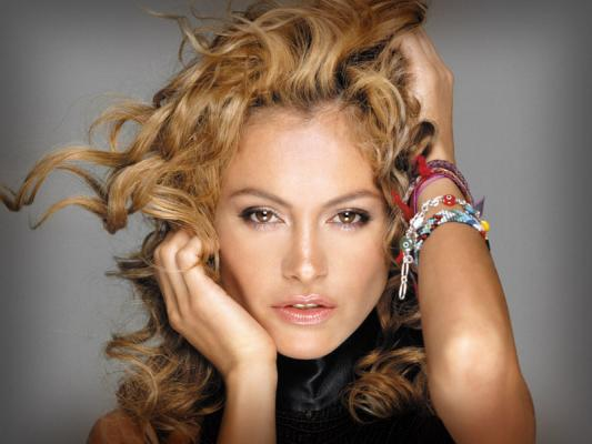 Fotos de Paulina Rubio espectacular a los 42 años
