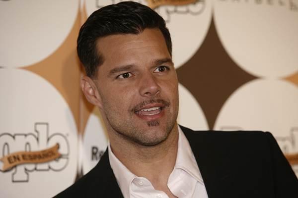 Reacción de Ricky Martin contra un pastor homofóbico