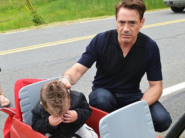 Robert Downey Jr. hace llorar a un niño