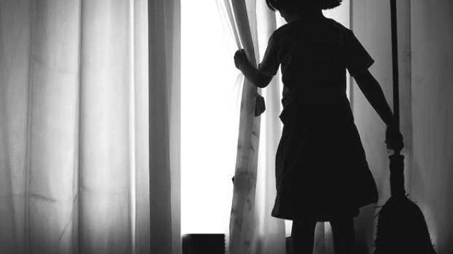 ¿Cuántos niños trabajan en tareas domésticas en el mundo?