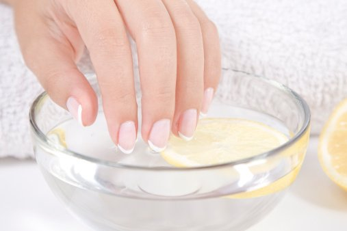 Ideas caseras para tratar las uñas amarillentas