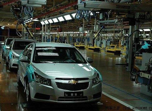 ¿Los autos más vendidos contaminan más?