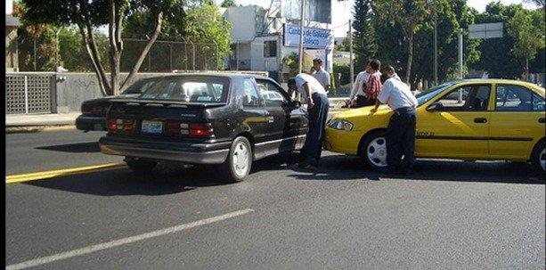 Cómo reaccionar en caso de accidente de tránsito