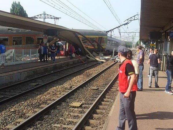 Francia: descarrile de tren deja ocho muertos - Fotos