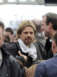 ¿Cuánto cobra el doble de Brad Pitt?