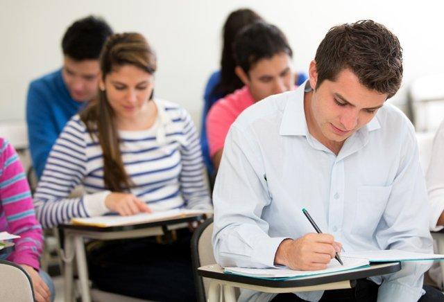 Alumnos que fuman tienen menos rendimiento escolar