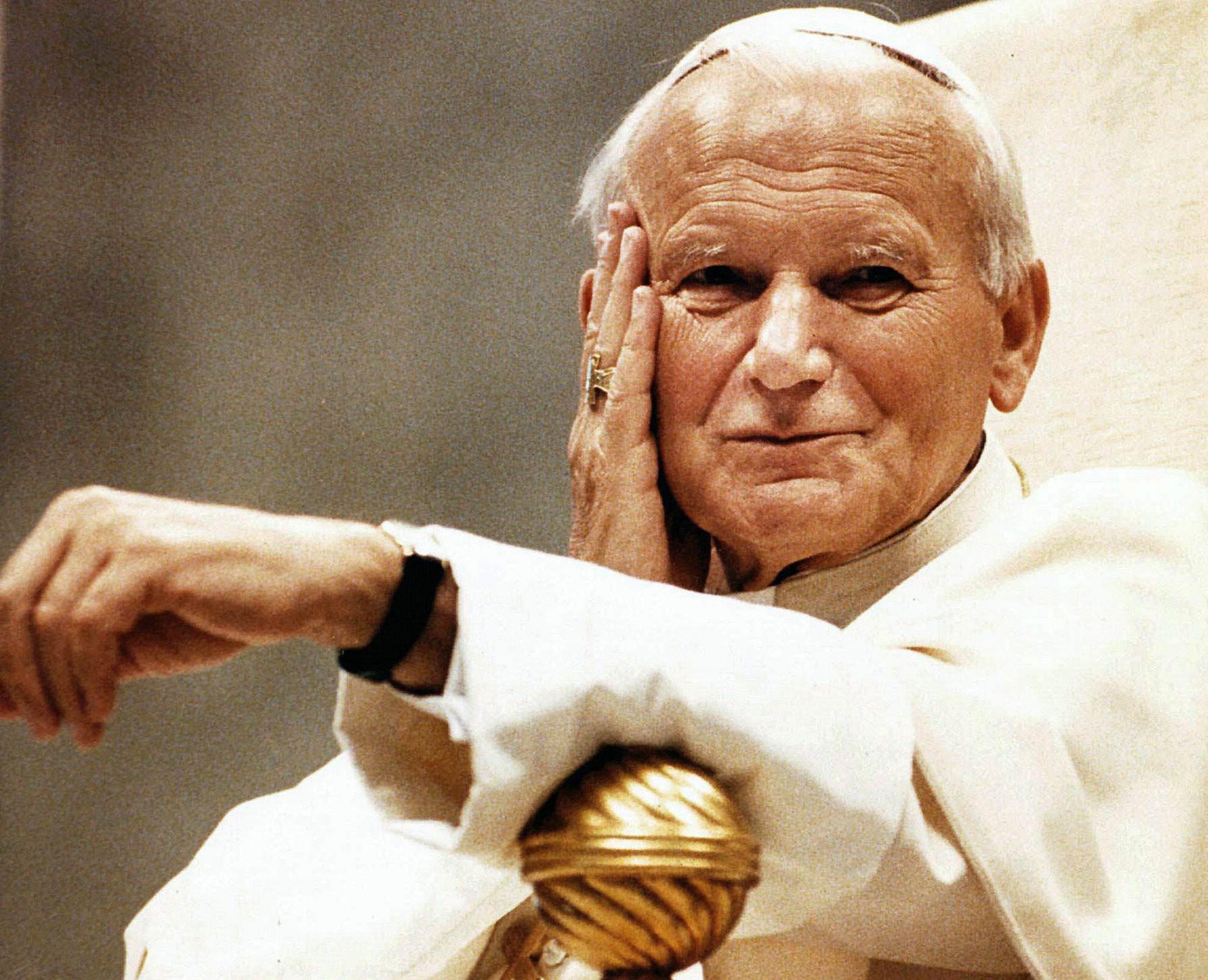 Por qué México exige detener la canonización de Juan Pablo II