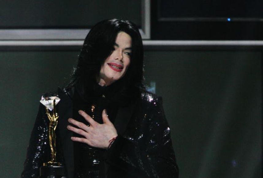 Michael Jackson tenía el trasero infectado