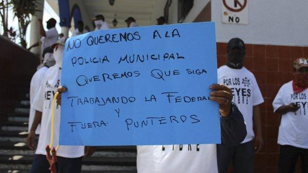 Matan a cinco personas durante un manifestación en Michoacán
