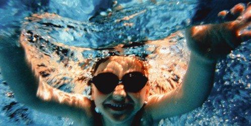 ¿Cuán malo es el cloro en las piscinas?