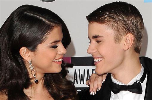 Justin Bieber y Selena Gómez pasan la noche juntos