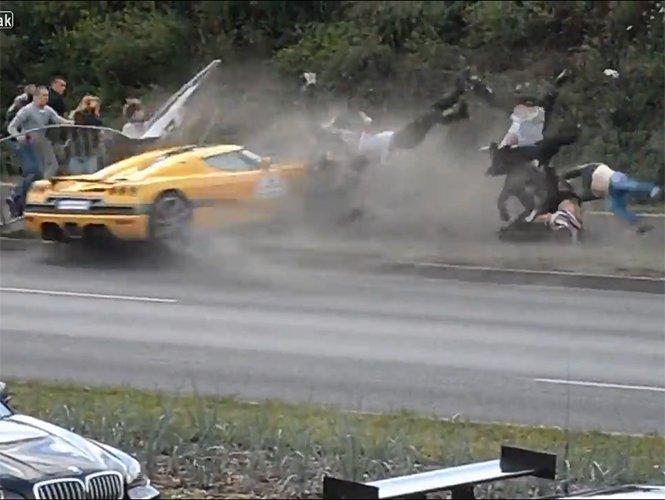 Video: Tragedia en exhibición de autos deportivos
