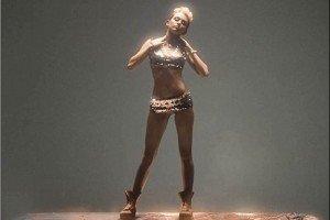 Nuevo video polémico de Miley Cyrus