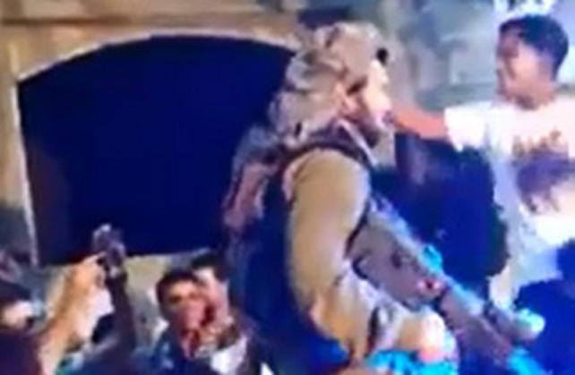Video: soldados israelíes en fiesta con palestinos