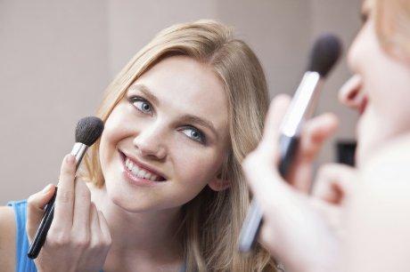 Cómo lograr que el make up dure toda la noche