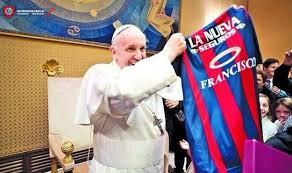 ¿El Papa Francisco debe dinero en su club favorito de fútbol?