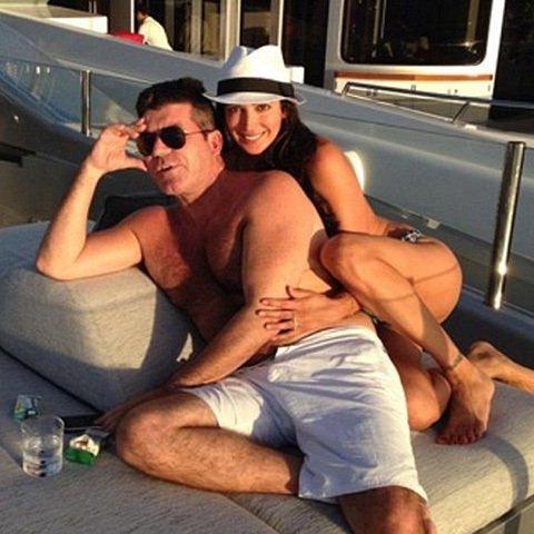 Simon Cowell embaraza a la esposa de su mejor amigo