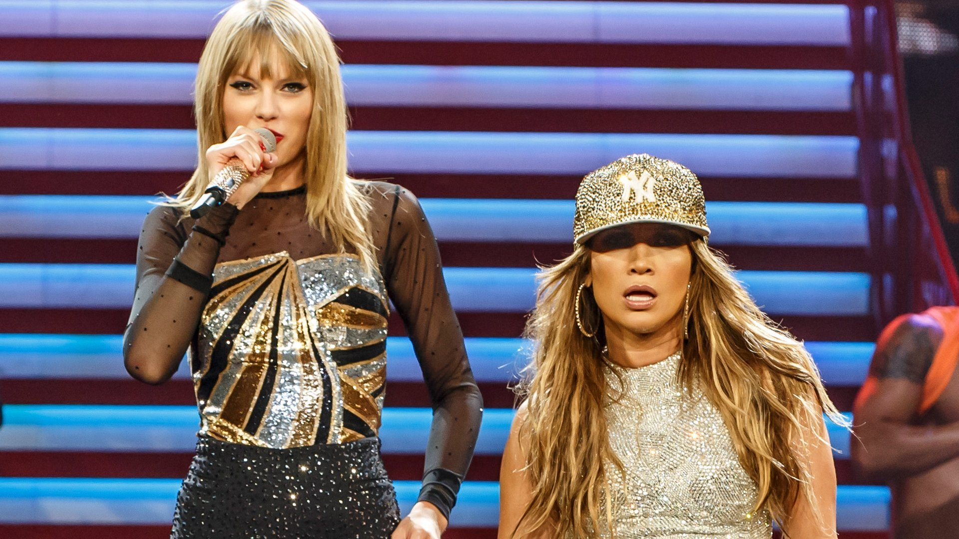 Video: Taylor Swift y Jennifer López hacen dueto
