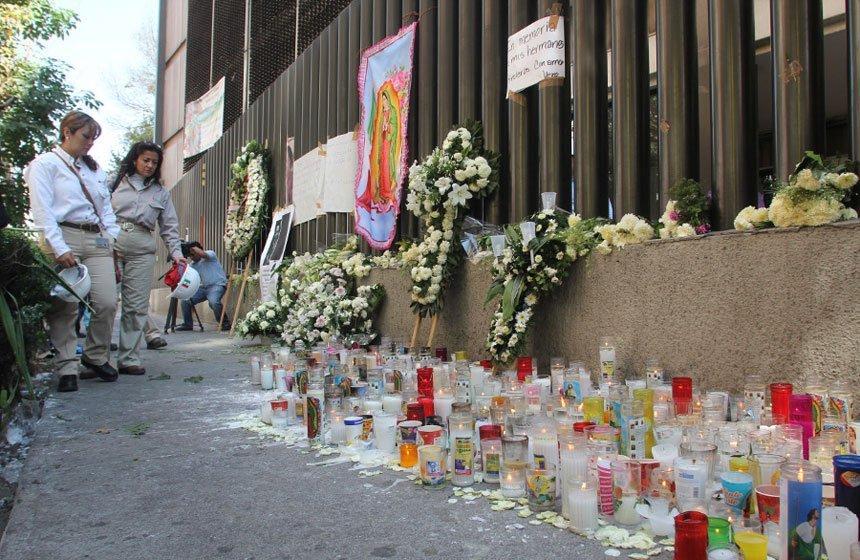 La PGR se disculpa por confundir cadáveres
