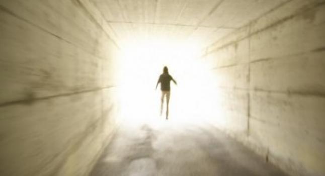 La verdad sobre la luz blanca al estar al borde de la muerte