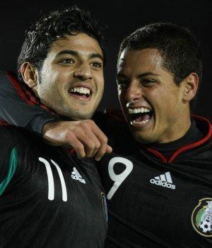 Javier 'Chicharito' Hernández vs. Carlos Vela