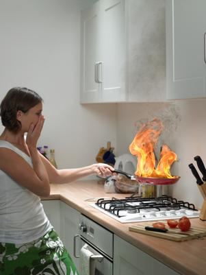 Época de fiestas: Cómo evitar accidentes en la casa