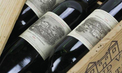 ¿Cuánto gastarías en un vino? Éstos son los más costosos