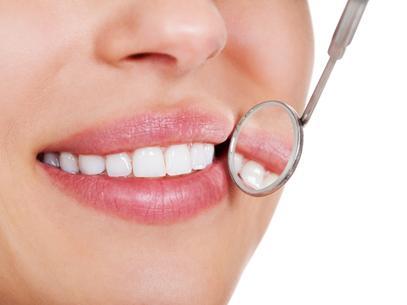 Salud bucal: información sobre el color de los dientes