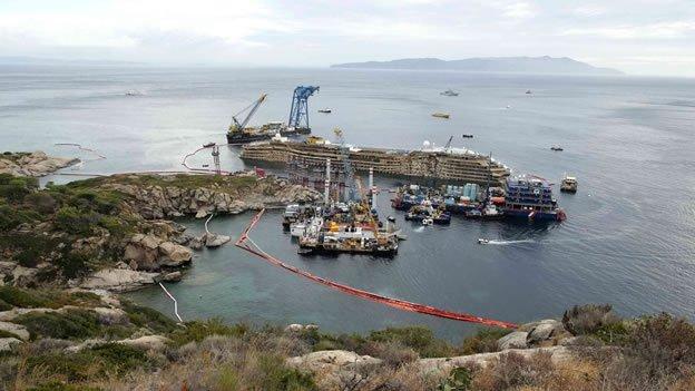 Costa Concordia: Hallan más restos humanos en el crucero