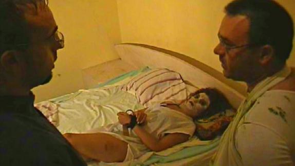 Hombre va preso por exorcizar a su novia