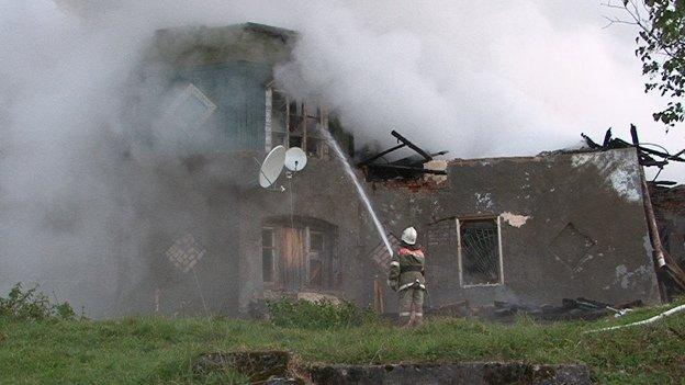 Rusia: Incendio en psiquiátrico deja 37 muertos